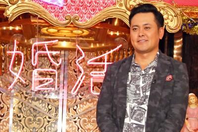 昨年10月にスタートした番組『「愛され女と独身有田」〜運命を変える婚活TV〜』(日本テレビ系)で、MCを務めるくりぃむしちゅーの有田哲平 (C)ORICON NewS inc.
