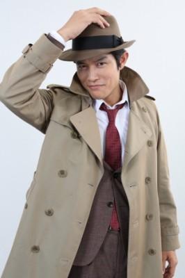 2017年放送の日本テレビ×WOWOW×Hulu共同制作ドラマ『銭形警部』で主役・銭形警部を演じる鈴木亮平