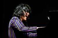 軽快なトークもさく裂!ピアニスト・清塚信也、横浜で圧巻のパフォーマンス 『oricon Sound Blowin' in YOKOHAMA』