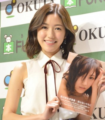 """約5年ぶり写真集『知らないうちに』で""""新たな一面""""を見せるAKB48・渡辺麻友 (C)ORICON NewS inc."""