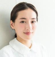 綾瀬はるか 新春インタビュー『今までの私からは想像もできないラブコメに挑戦したい』