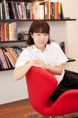 『家売るオンナ』スペシャル版に出演するイモトアヤコ