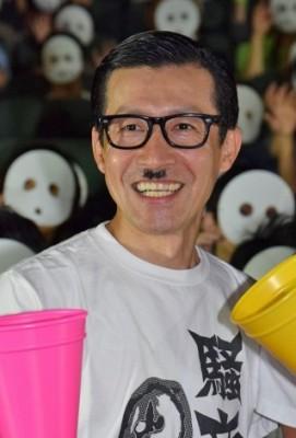 「ノーセンスユニークボケ王決定戦」で2連覇した岩井ジョニ男