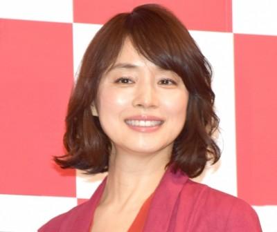 髪のアクセサリーが素敵な石田ゆり子さん