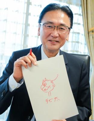 「大好きなキャラ」と語る、『おそ松くん』に登場するチビ太を描いてくれた古屋氏