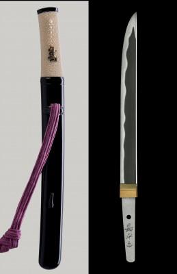 「第十一回お守り刀展覧会」で展示されたお守り刀。写真提供:全日本刀匠会事業部