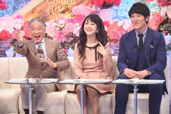 『歌のゴールデンヒット〜オリコン1位の50年間〜』MCの(左から)堺正章、相田翔子、ココリコ・田中直樹