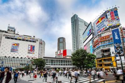 """10月22日(日)から11月17日(金)までの約1カ月、日本の音楽に""""翼をさずける""""をテーマに、レッドブルが都内を""""音楽ジャック""""する。"""