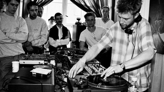 レッドブルの最初の音楽カルチャーでの取り組みは、1998年にベルリンで開催した「Red Bull Music Academy」。そこから様々な音楽、カルチャープロジェクトを20年間行ってきた。