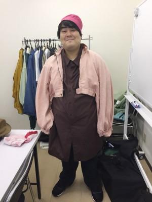 楽屋でのオフショット ピンクのジャケットがキュート!