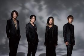 バンドに人生を捧げた男、TAKUROが語るGLAY論