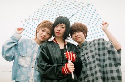 ポップなサウンドが人気の女性3ピースバンド・SHISHAMO