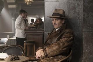 ジョニー・デップが出演する『オリエント急行殺人事件』