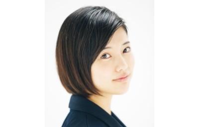 """""""元アイドル""""を隠して女優活動をスタートした山本亜依"""