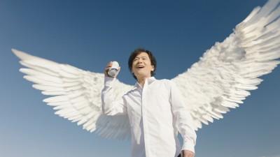 『サントリーオールフリー』に出演している稲垣吾郎