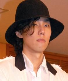 """RADWIMPS「HINOMARU」に批判、""""愛国ソング""""は本当に悪なのか?"""