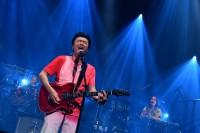 デビュー40周年サザンオールスターズのプレミアライブにファン熱狂 「久しぶりで緊張する」