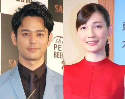 2016年8月に結婚した(左から)妻夫木聡、マイコ (C)ORICON NewS inc.