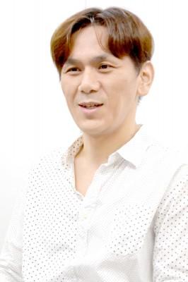 木村隆志氏(コラムニスト、コンサルタント、テレビ解説者。著書に『話しかけなくていい!会話術』『独身40男の歩き方』など)