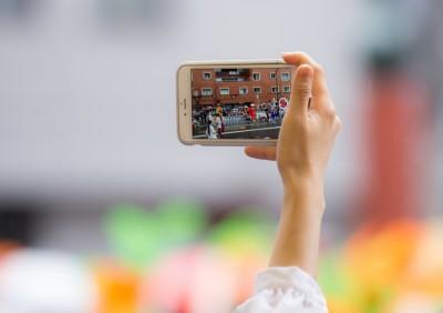 近年、SNSに投稿された被災地からの写真や動画が、テレビでも取り上げられるように。