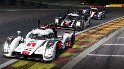 フェラーリやポルシェ、ランボルギーニなど、1000万円を超えるような超高級車・170種以上の車両を運転できる。
