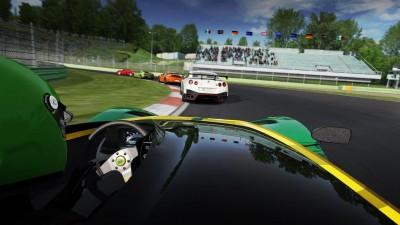 車好きはもちろん、レース好きも納得のハイクオリティー!