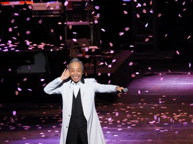 日中平和友好条約締結40周年を記念し、中国でコンサートを行った谷村新司