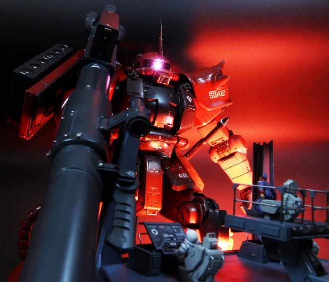 作品:『赤い彗星の恐怖』シャア専用ザク/制作:あわくし(@awaxy)(C)創通・サンライズ
