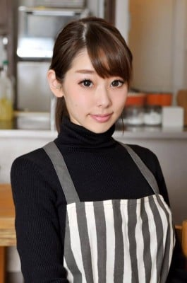 フードコーディネーター・河瀬璃菜さんが京都教育大学深草寮のメンバーを訪問。