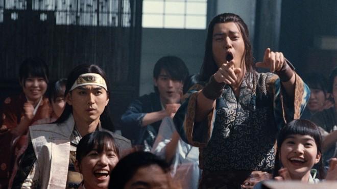 「意識高すぎ!高杉くん」と盛り上がる桃太郎と浦島太郎