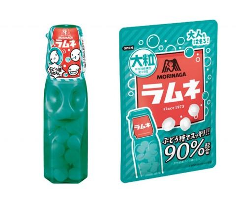 (左から)ボトル型の『森永ラムネ』(29グラム)、大人もハマる『大粒ラムネ』(41グラム)