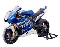 紙製バイクが精密すぎ…ペーパークラフト作家が語る「立体への憧れ」