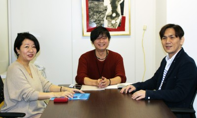 """コラムニスト・木村隆志氏(右)、メディア研究家・衣輪晋一氏(中央)、ライター・田幸和歌子氏(左)の3人が、""""キムタクドラマ""""の過去、現在、未来を考える。"""