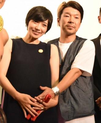 遠藤久美子の第2子出産を報告した夫・横尾初喜監督(右)(C)ORICON NewS inc.