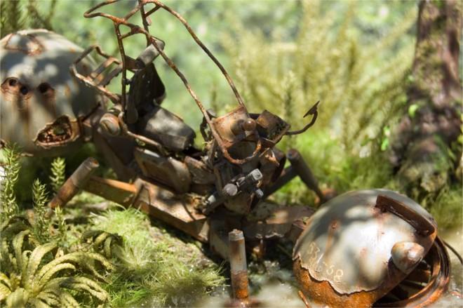 作品名「LOST」 (第11回全国オラザク選手権 ディオラマ部門金賞受賞作品) 解説: 密林で朽ちる、ジオン軍兵器の「ワッパ」 制作:あに (C)創通・サンライズ