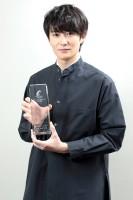 岡田将生、ドラマ主演男優賞 視聴者が独特な色気を評価「椎名林檎から学んだ」