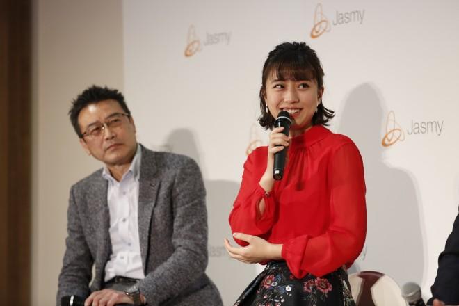 トークセッションではタレント・池澤あやかからも「このプラットフォームでのプライバリーポリシーは?」などより具体的な質問も