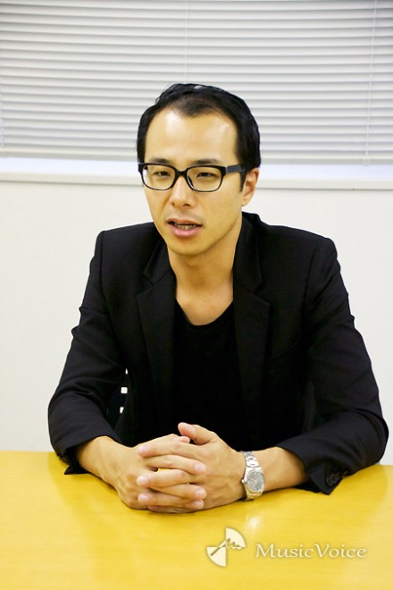 小柳大輔氏(C)MusicVoice