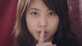 SK-II「すっぴん素肌トーク」最新作がついに公開、有村架純&渡辺直美のオモカワイイ掛け合いが話題に