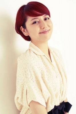 人生初の赤髪で憧れの舞台主演を果たした長澤まさみ(C)oricon ME