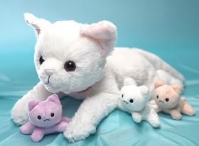 お母さん、「ねこ産んじゃった!」 妊娠した猫のおもちゃ、制作理由とは
