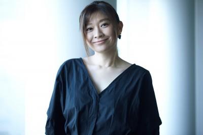 バラエティでの対応力も高い女優・篠原涼子(撮影:Tsubasa Tsutsui)