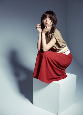 SNSで見せる素の姿も人気な池田エライザ