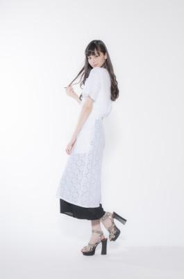 「奇跡の9頭身モデル」は女性の憧れ!