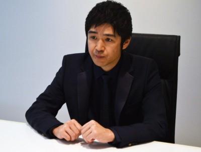 歌手でロックバンド・レミオロメン(活動休止中)の藤巻亮太