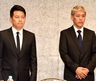 闇営業問題で会見を開いた(左から)宮迫博之、田村亮 (C)ORICON NewS inc.