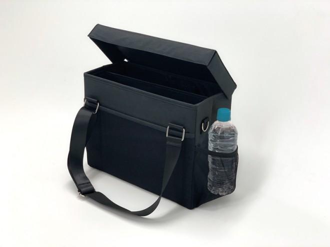 Twitterで拾われたユーザーの理想を形にした『コミケ用ミーティングバッグ』画像提供:カウネット