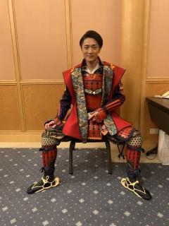 新曲発表会で芸名の由来となった真田幸村の甲冑姿を初披露しました。