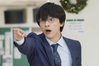 吉沢亮が演じる松岡