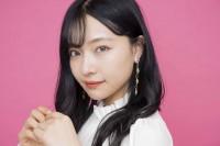 """NMB48・村瀬紗英、""""ドSボディ""""が話題の初の写真集発売 下着姿の""""攻めた""""カットも「肩から背中のラインに注目してほしい」"""